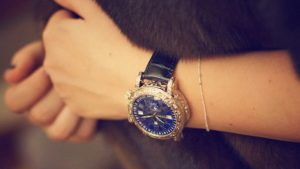 Đồng hồ fake ảnh hưởng rất lớn đến sức khỏe của người dùng