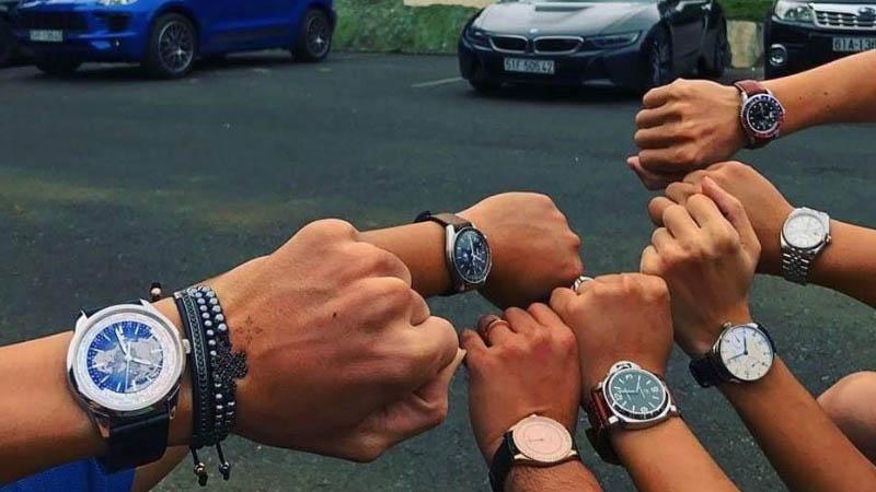 """Xu hướng hot : """"Săn"""" đồng hồ chính hãng của giới trẻ Đà Nẵng"""